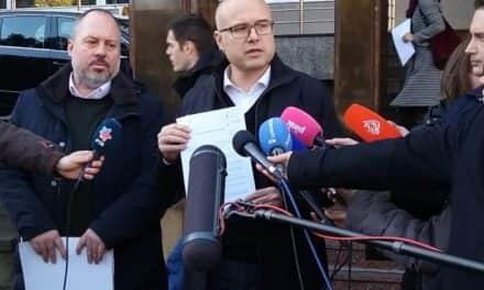 Вучевић поднео кривичну пријаву против Александра и Андреја Вучића