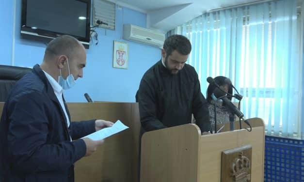 Председник општине потписао Уговоре о закупу станова за избеглице